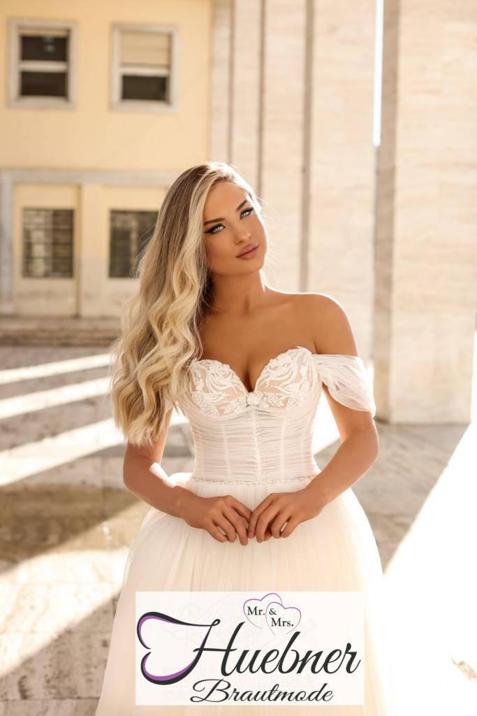 Brautmode Lovely